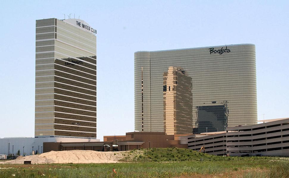 Borgota Water Club Casino & Hotel